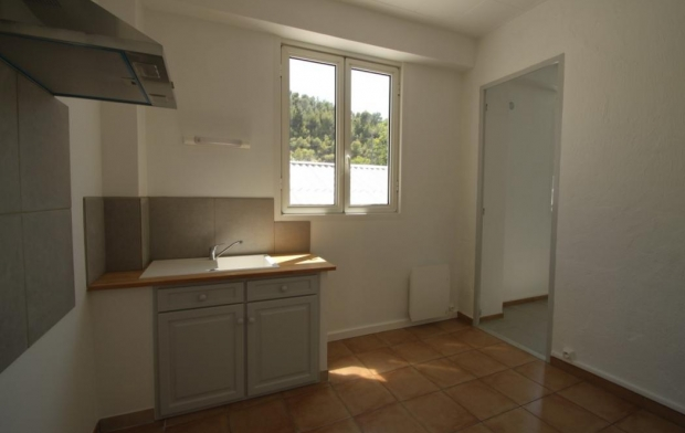 SISYPHE immobilier Appartement | PEYROLLES-EN-PROVENCE (13860) | 29 m2 | 500 €