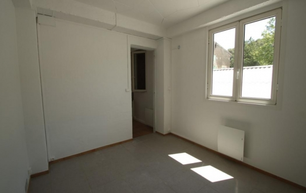 SISYPHE immobilier : Appartement | PEYROLLES-EN-PROVENCE (13860) | 29 m2 | 530 €